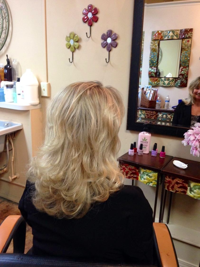 Blonde layered and beautiful just in a days work pinterest