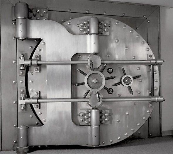 Bank Vault Doors : Bank vault door idea … pinteres…