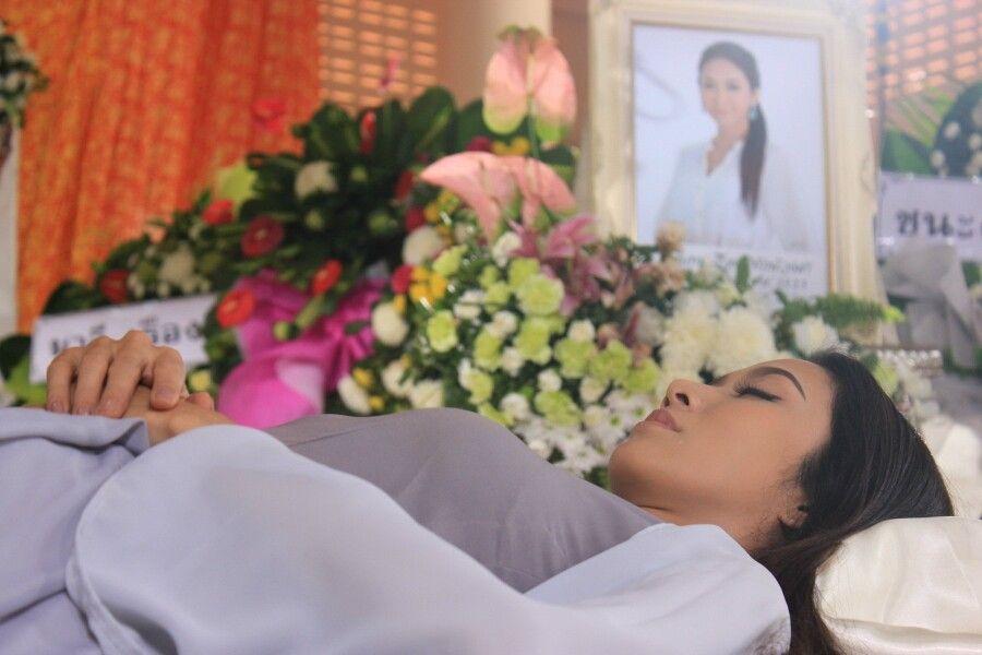 Sfm lead the casket, dear by sarenet on deviantart