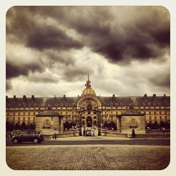 Place des Invalides in Paris, Île-de-France