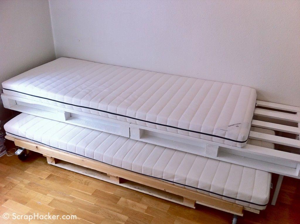 Ideas para hacer un sofa cama con palets casa dise o - Hacer cama con palets ...