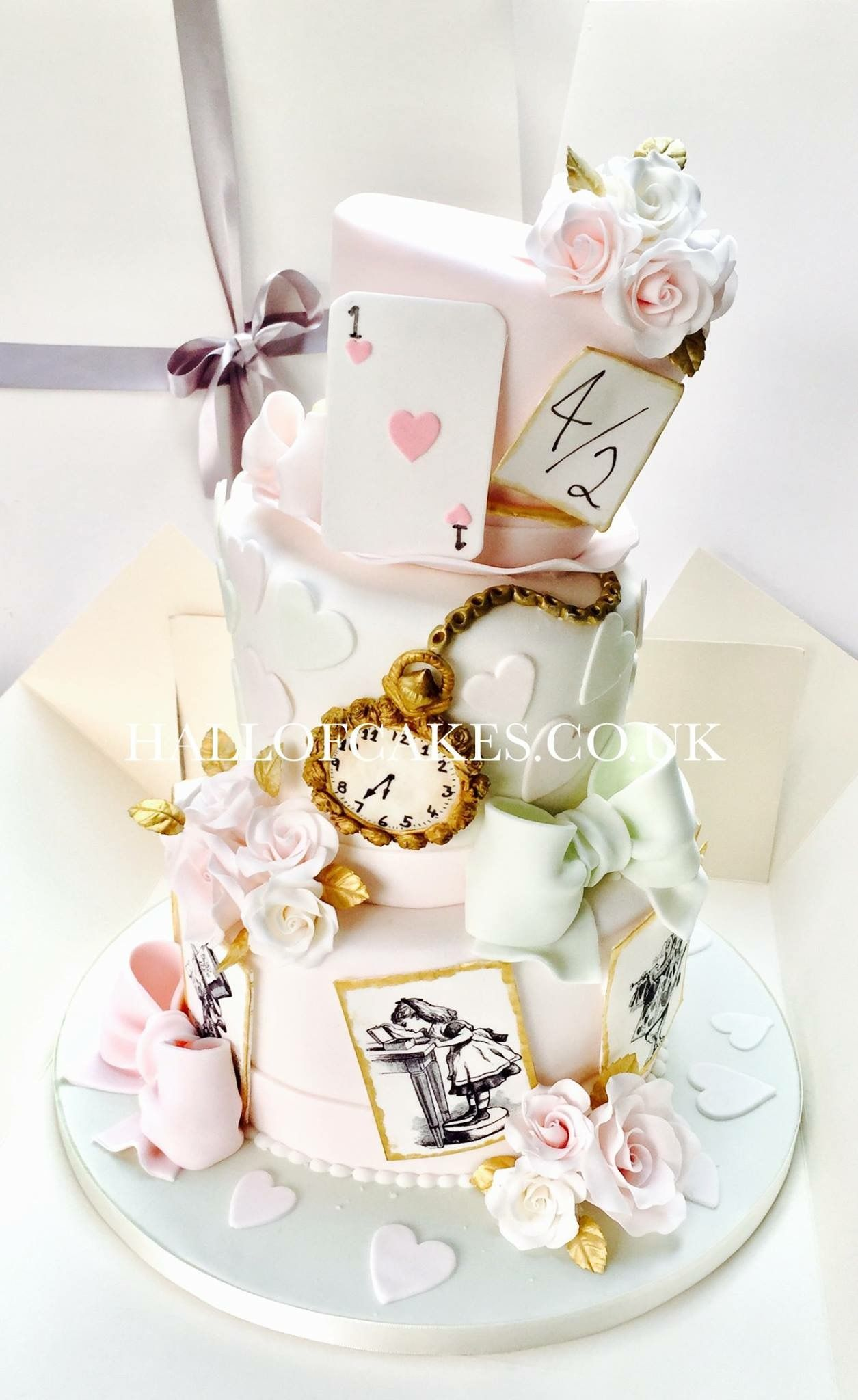 Pin by Pat Korn on Wonderland Cakes | Pinterest | Alice, Tea parties ...