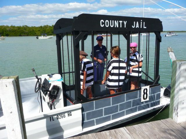 Easy design and jailers should be easy to find. | Boat Parade ...