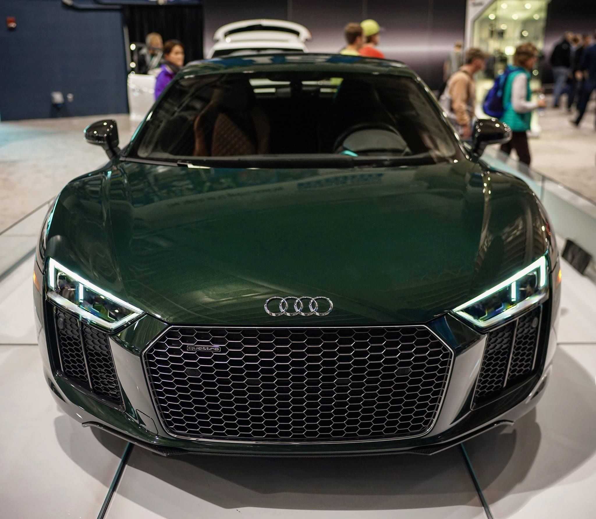 Goodwood Green Audi Exclusive V10 Plus