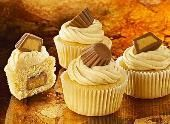Peanut Butter Cup Minicakes - Holidays