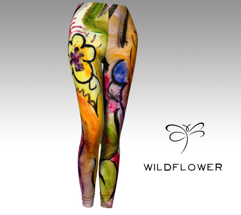 Go from Yoga to dinner in our body hugging printed leggings. Compression fit performance fabric...