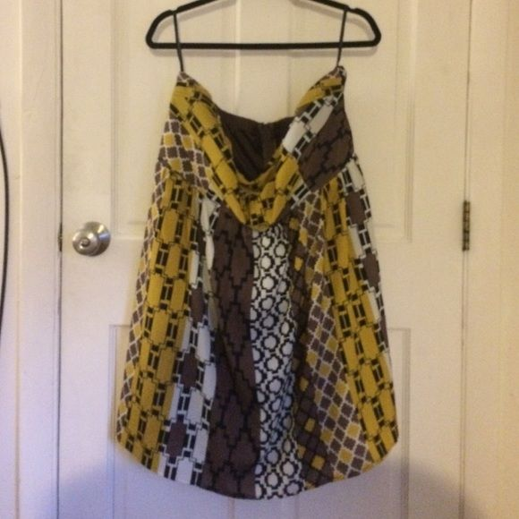 Strapless Torrid Dress. Strapless Torrid dress. Yellow, white, black, brown. Aztec print. Short, just above knee. Only worn once. torrid Dresses Midi