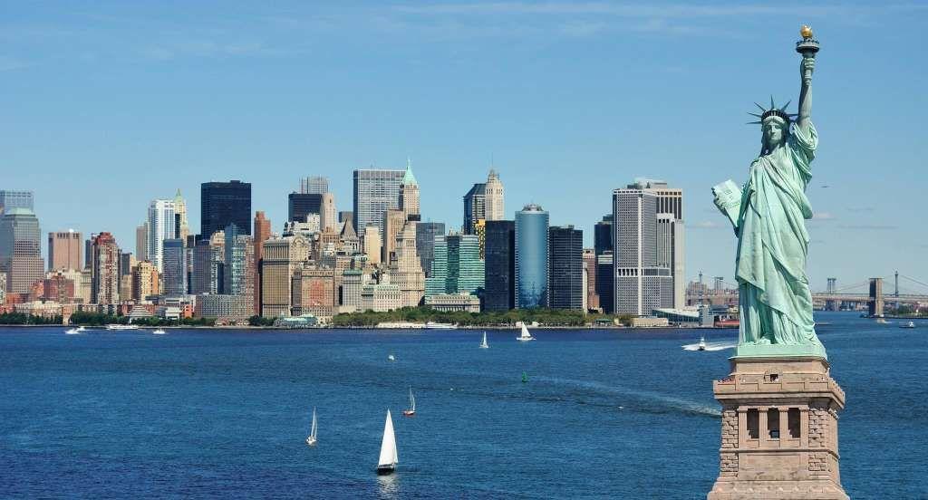 Perché New York è chiamata ''la grande mela?'' a cura di Michela Lagnena - http://www.vivicasagiove.it/notizie/lo-sapevi-che-new-york-e-chiamata-la-grande-mela/