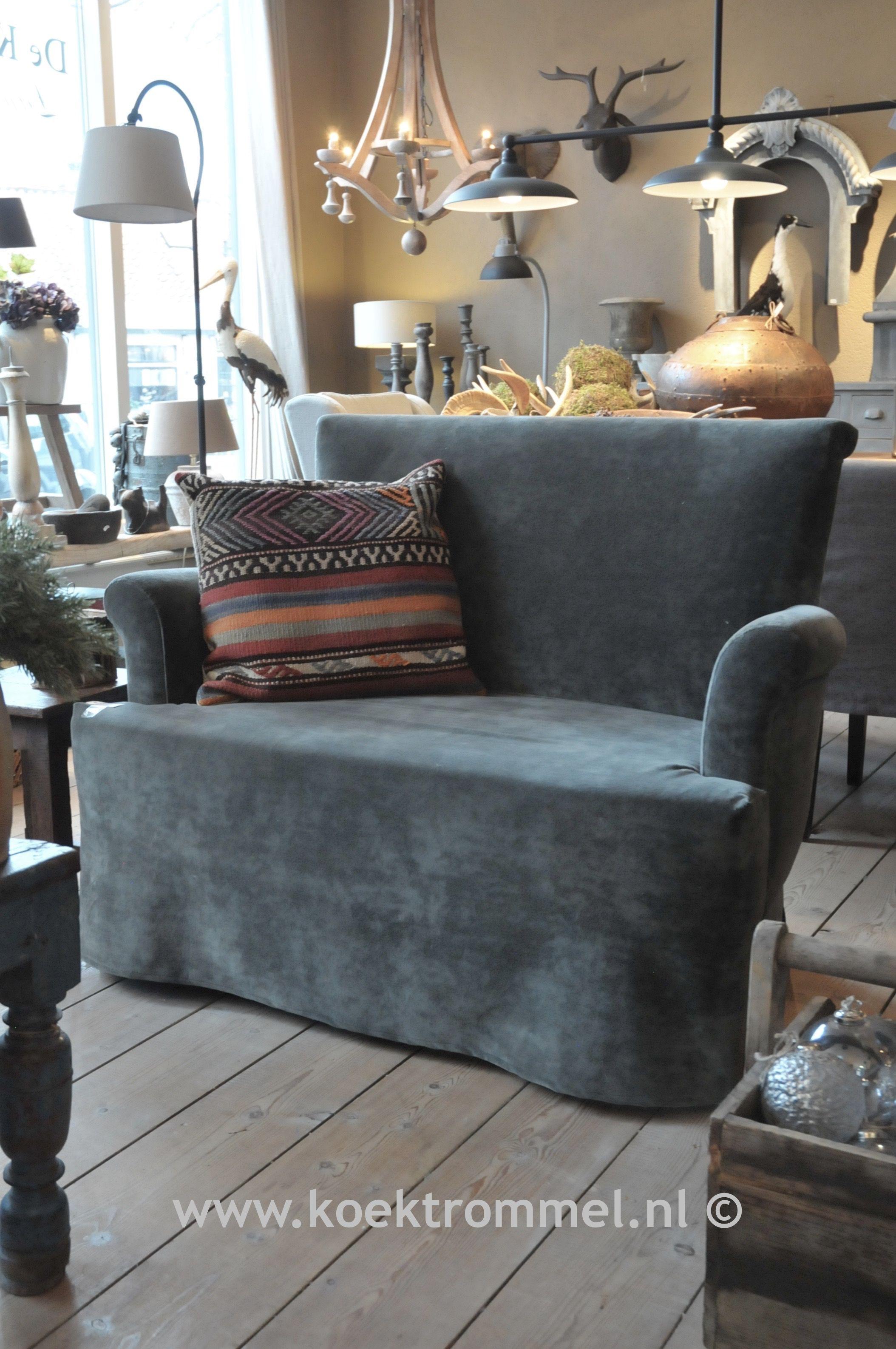 Sofa livia van hoffz interieur hier in een loveseat uitvoering zitmeubelen pinterest - Deco keuken chique platteland ...