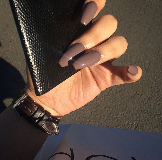 Multi Shapes Of Brown Acrylic Fingernails For Fall 3 Ilove Brown Acrylic Nails Brown Nails Stiletto Nails