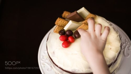 Chocolate cake with a white Lindt chocolate bits i  by olgabarilo  IFTTT 500px