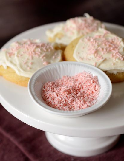 make your own HOMEMADE sprinkles with nothing but sugar, egg whites, flavoring and a pinch of salt, and in any color you can imagine!