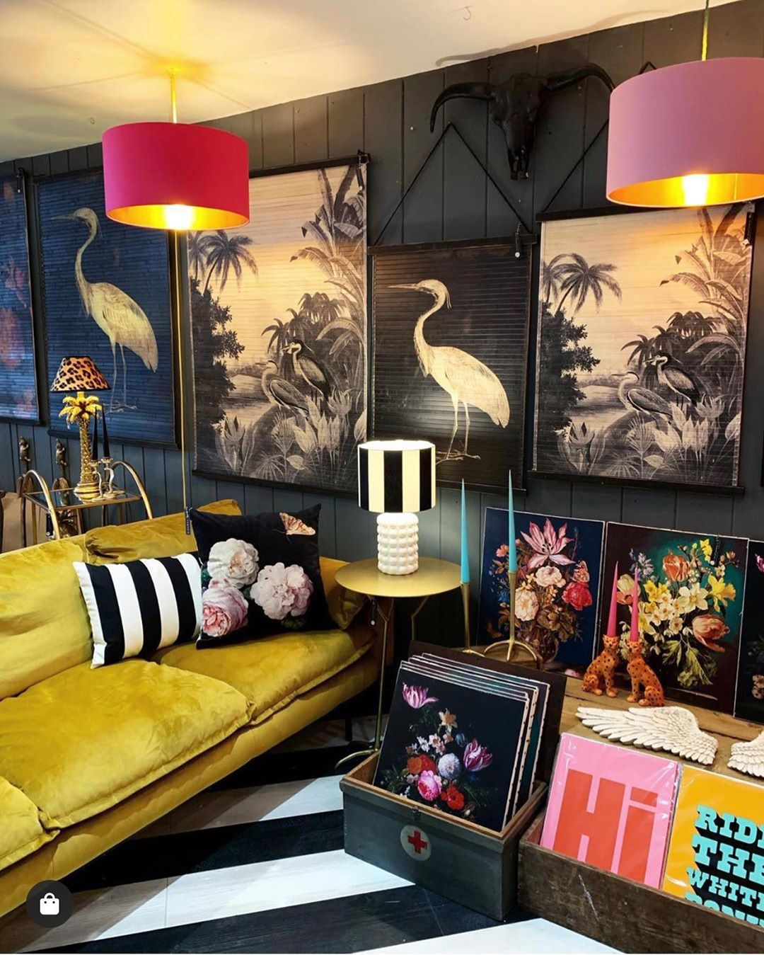 Pin By Renske Priem On Dark Interiors Colourful Living Room Apartment Decor Quirky Home Decor Living room ideas quirky