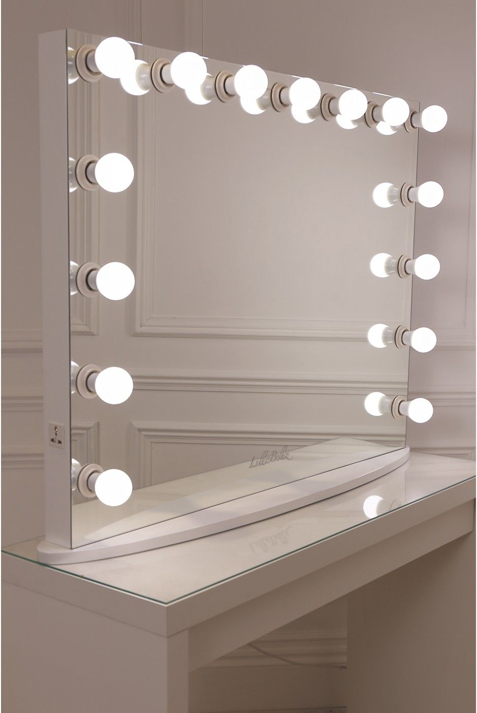15 Frosted Bulb Hollywood Mirror With Crisp White Finish Hollywood Vanity Mirror Mirror Bedroom Decor Mirror With Lights