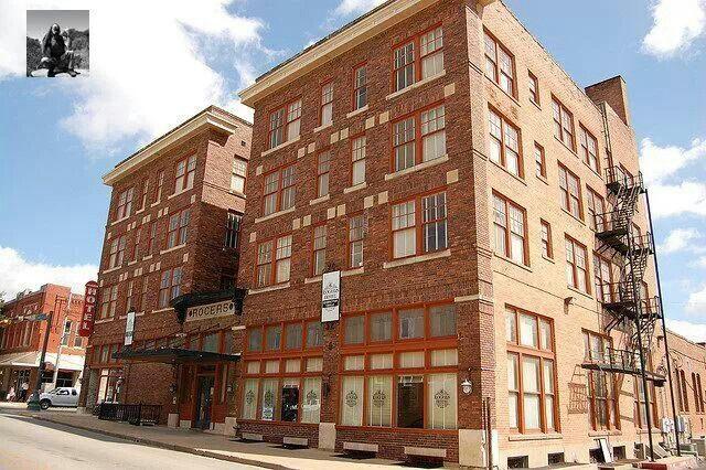 Rogers Hotel Waxahachie Texas Was Originally Built In 1856 Then Rebuilt