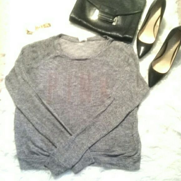 PINK VICTORIA SECRET NET SWEATER Knitted grey vs sweater. Tops Tees - Long Sleeve