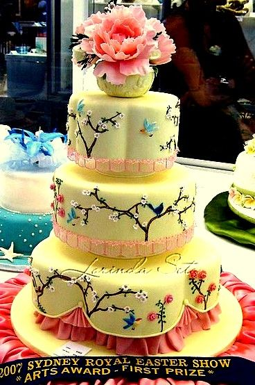 yellow bird cake