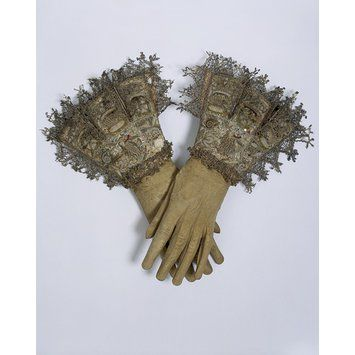 Pair of gloves England, Great Britain (made) Date:  1603-1625 (made) Artist/Maker:  Unknown (production)