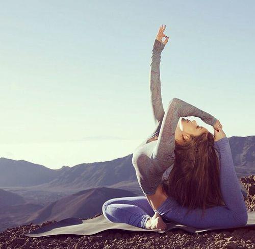 Lo yoga guarisce l'anima!  #buongiorno #yoga #yogaitalia #benessere #salute #sport #fitness #SpineYoga