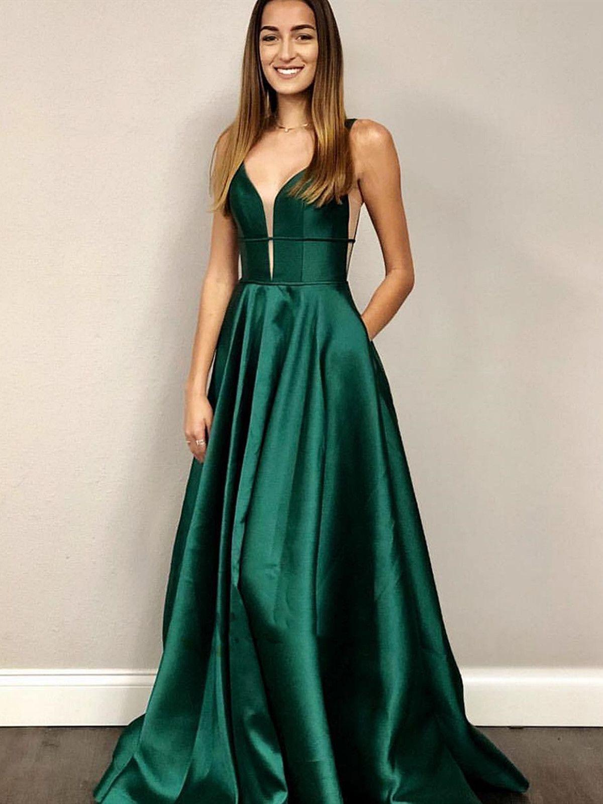 Deep V Neck Emerald Green Prom Dresses V Neck Green Formal Graduation Evening Dresses In 2021 Prom Dresses Emerald Green Prom Dress Green Prom Dress [ 1600 x 1200 Pixel ]