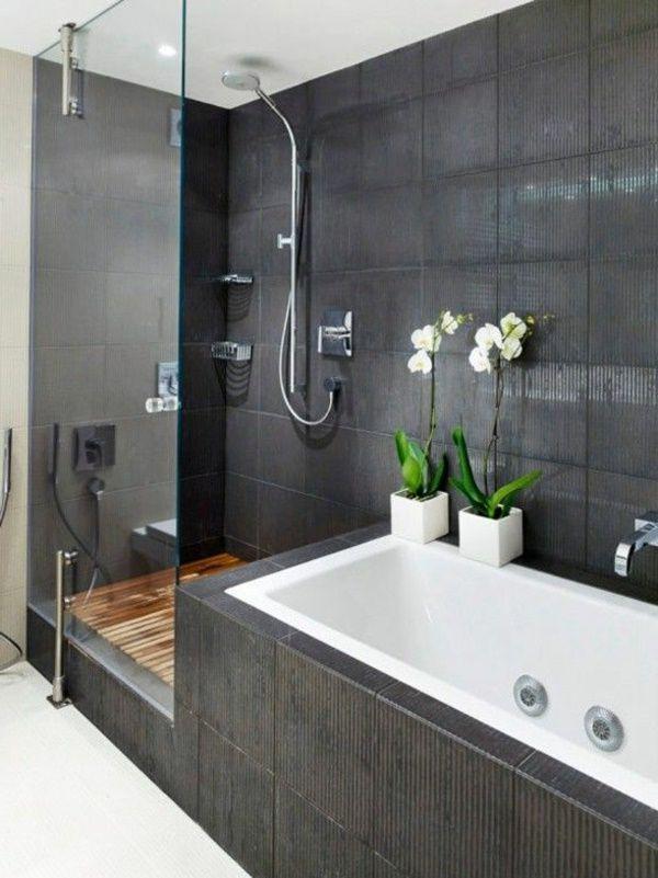 Moderne Badezimmer Mit Dusche Und Badewanne Badewanne
