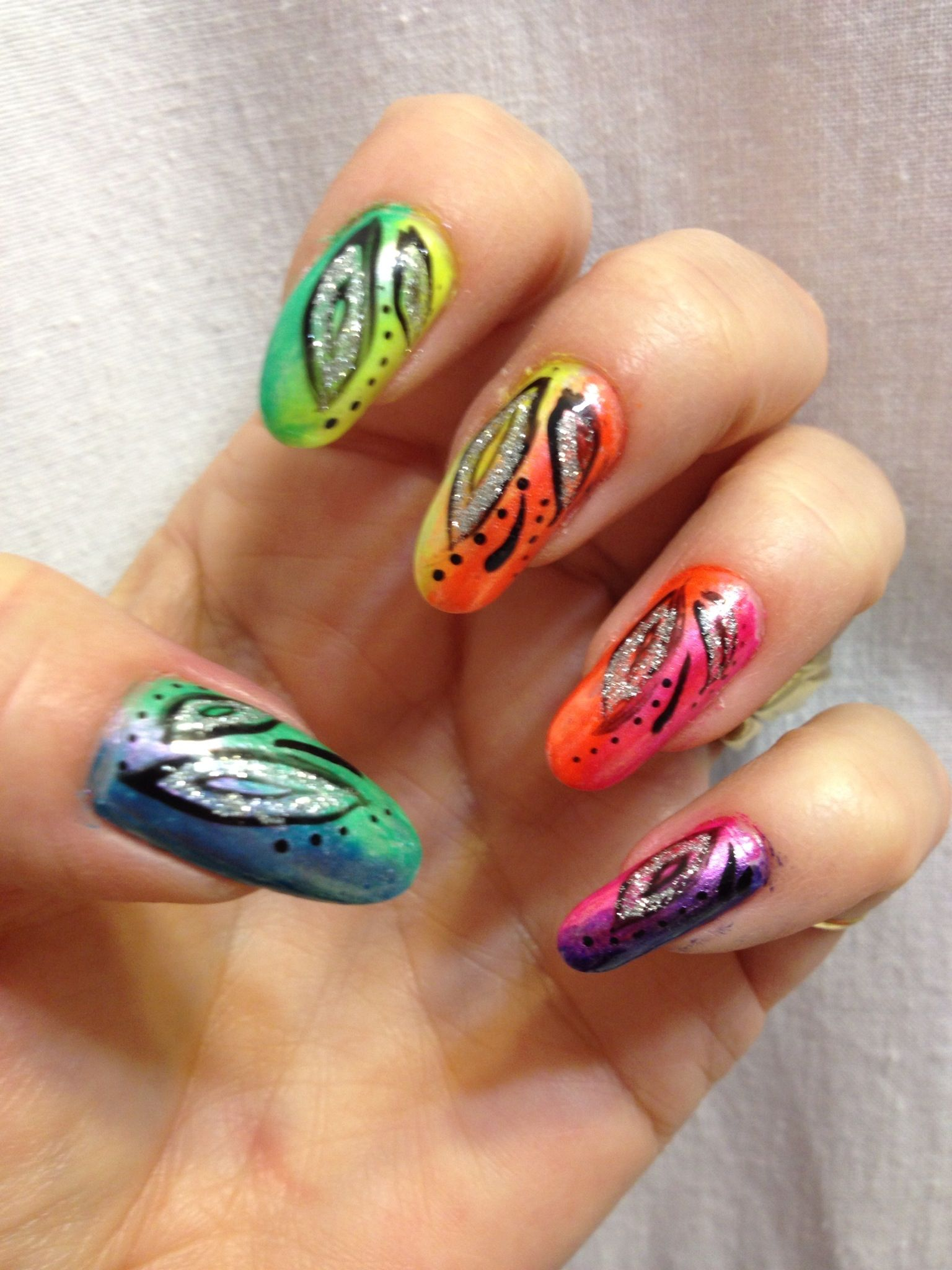 Rainbow nails.by Amber Howe using makeup sponges   Nail Art ...