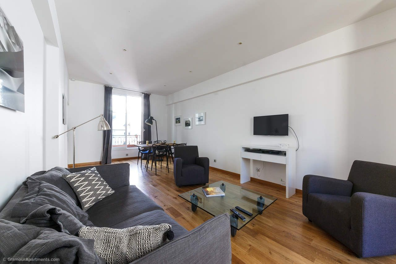 Furnished Apartment For Long Term Rent On Rue Guisarde In The  Arrondissement Of Paris.