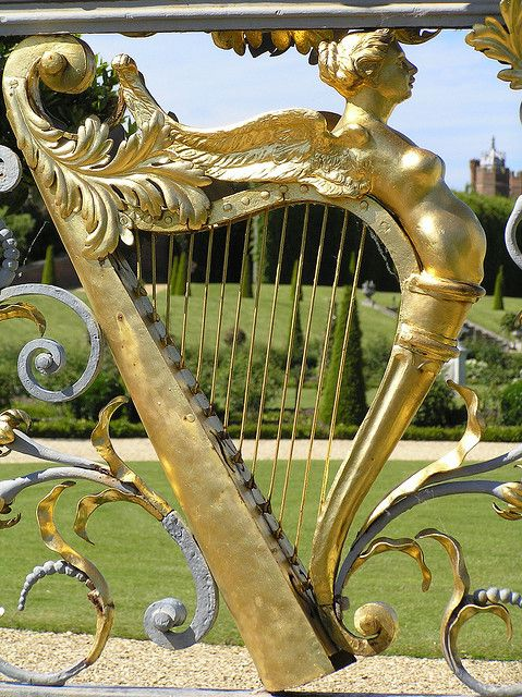 Hampton Court Gilding On Wrought Iron Gates Gates