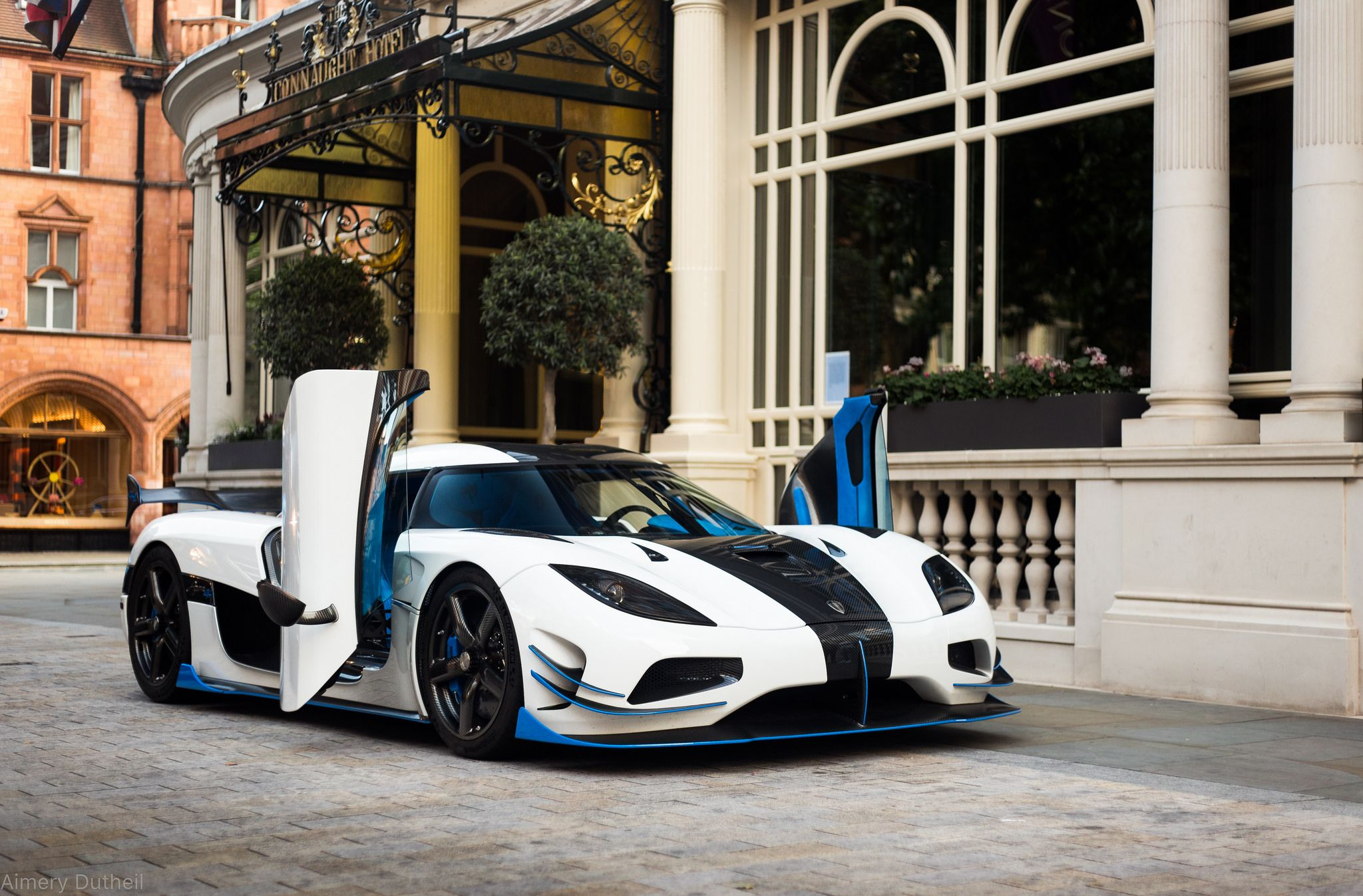 Dihedral Doors Latest Cars Koenigsegg Super Cars