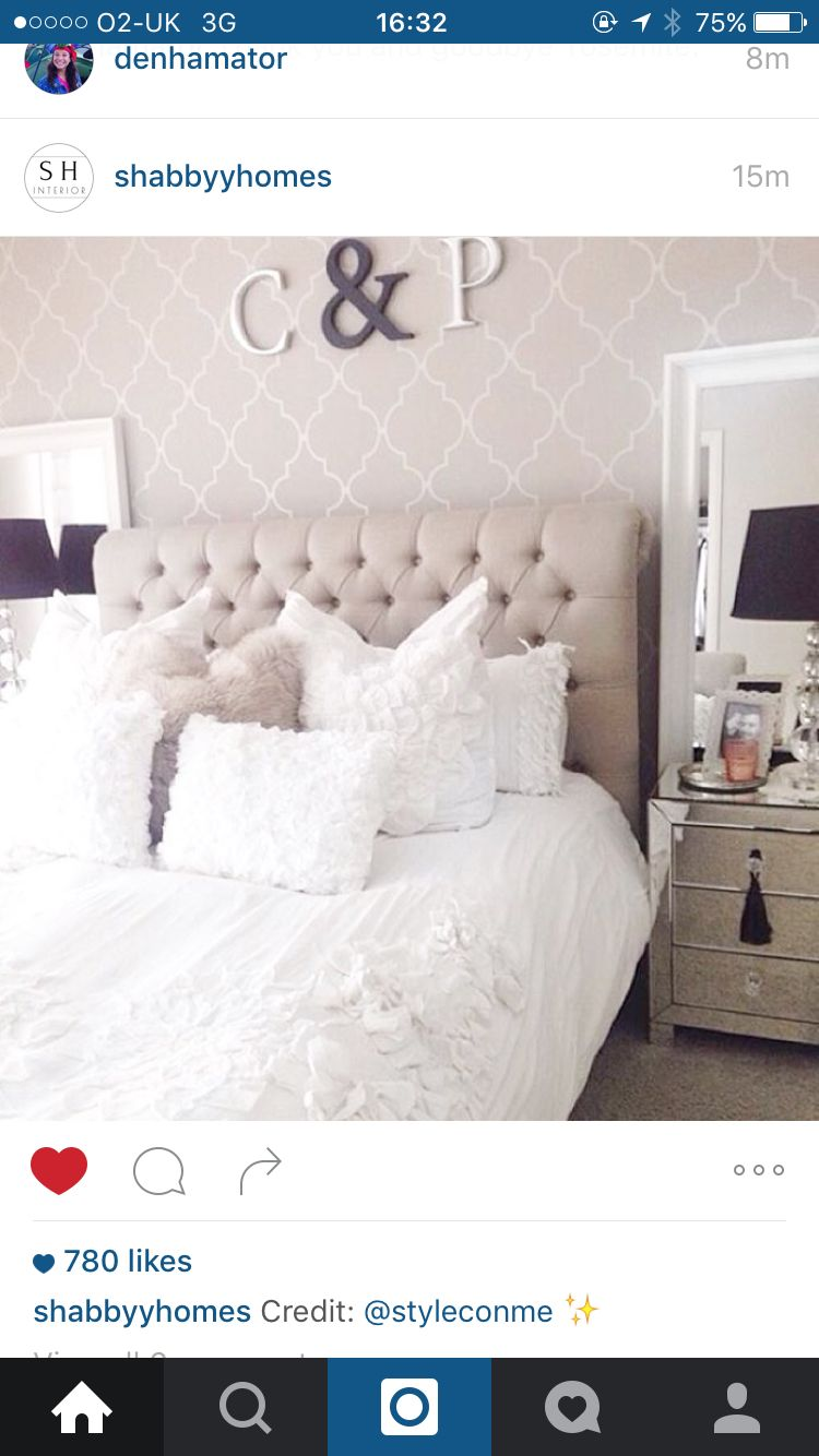 Love the wallpaper and letters above bed