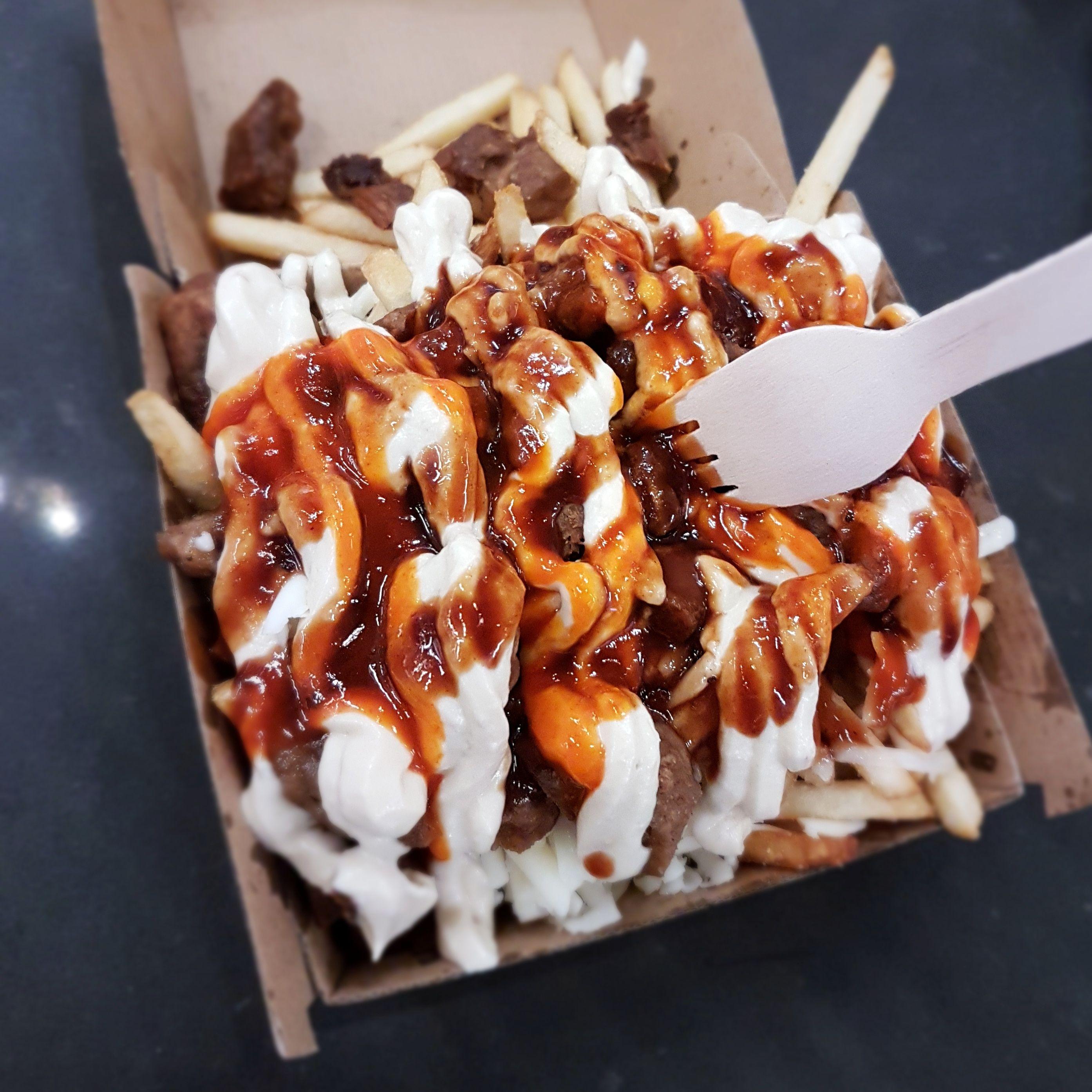 I Ate Vegan Halal Snack Pack In 2020 Halal Snacks Snacks Vegan Eating