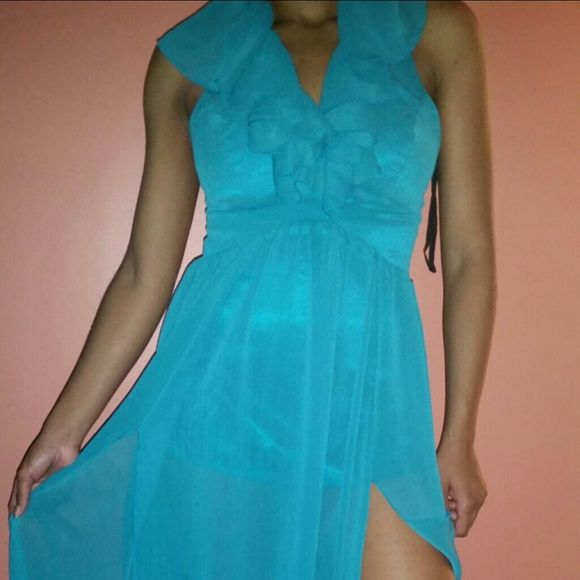 Blue dress Blue flowy dress- boutique purchase EVERYTHING MUST GO! ! ACCEPTING ALL REASONABLE OFFERS Dresses