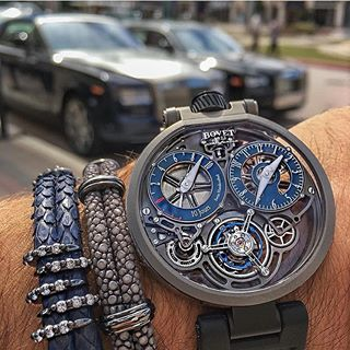 Both the Grand Complication and public prize went to A Lange & Söhne with the 1815 Rattrapante Perpetual Calendar at the annual Grand Prix Horologerie de Geneve. An amazing year for the German brand,...
