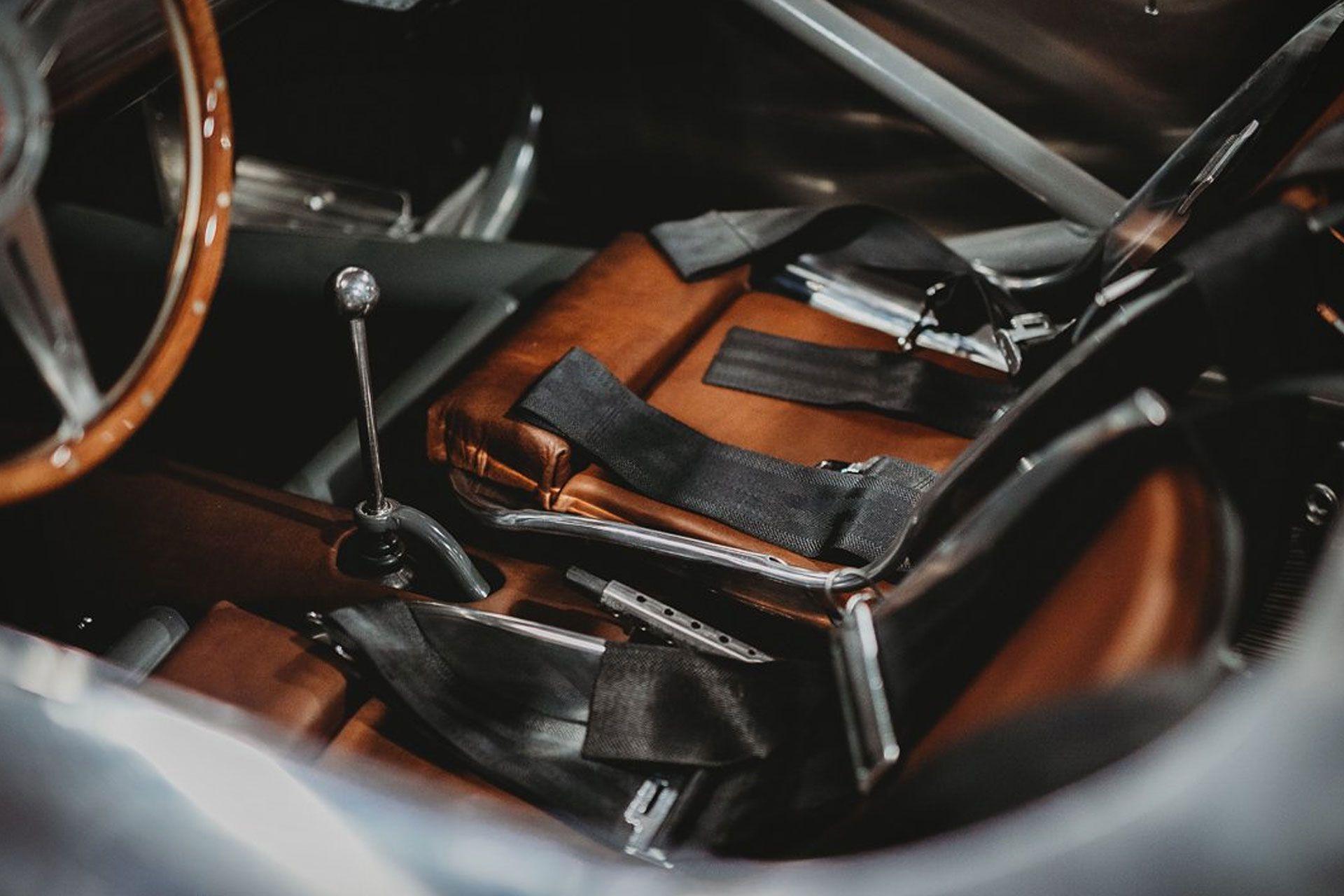 Runge RS Race cars, Gas pumps, Jaguar