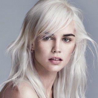 Blonde lange haare blaue augen