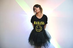 L A - High Heels Suicide Banana T Shirt - ROCK THE NIGHT
