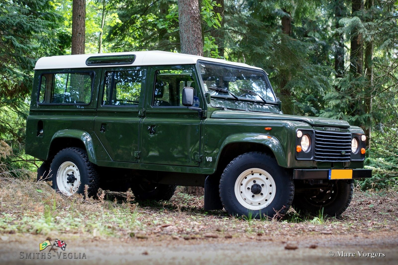 1985 Land Rover Defender - 110 V8 | VEHICLE | Land rover