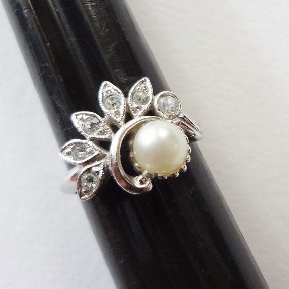 Avon Pearl Rhinestone Ring Vintage Silver Tone By