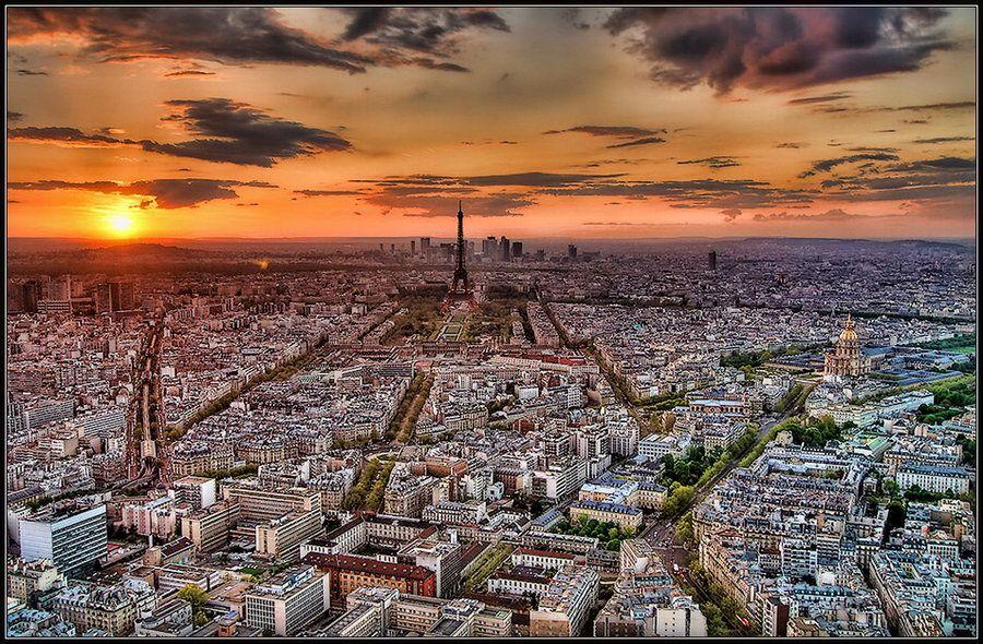 parigi panoramica by roa006.deviantart.com on @deviantART