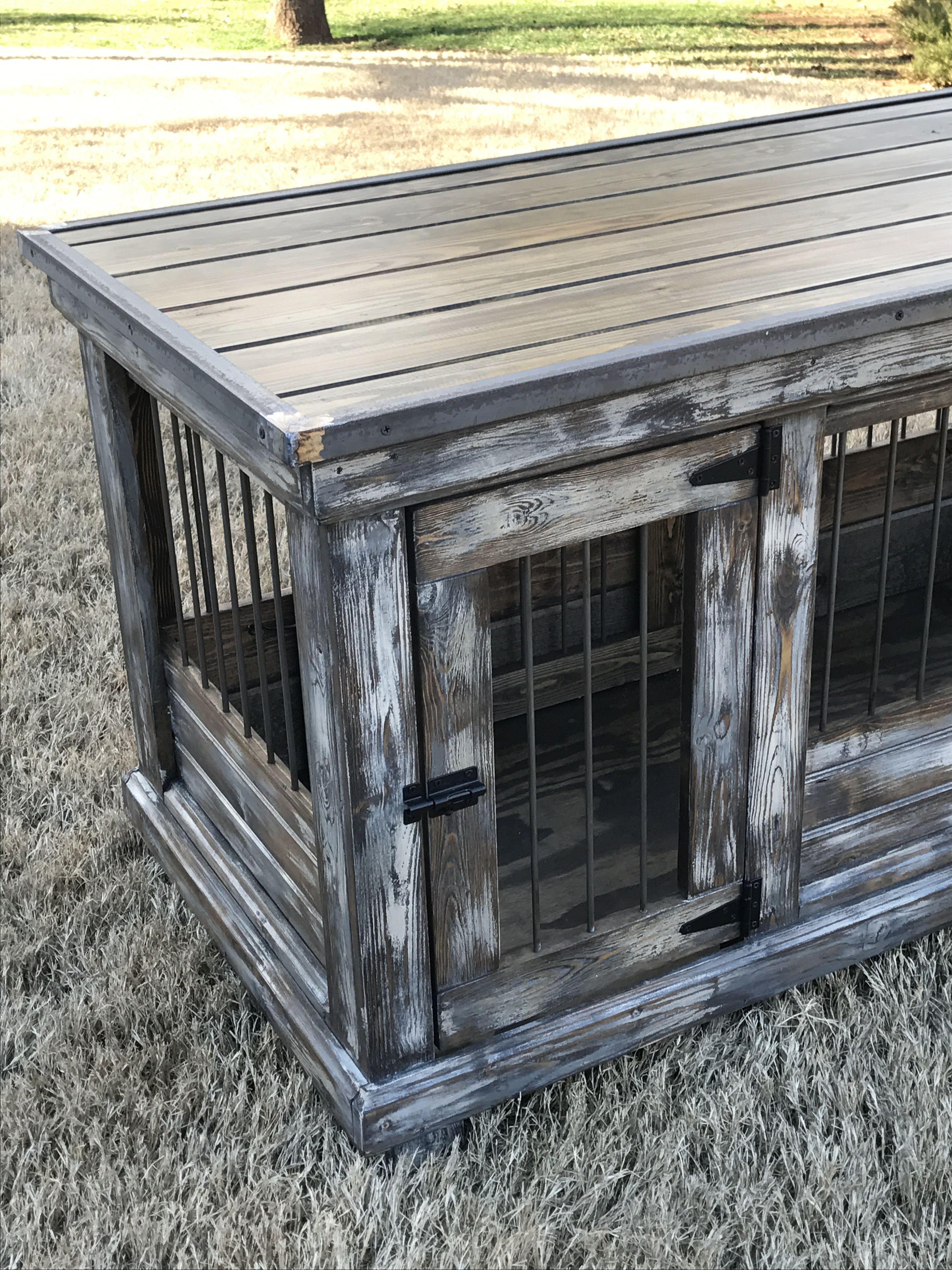 Farmhouse style weathererd distressed medium double dog