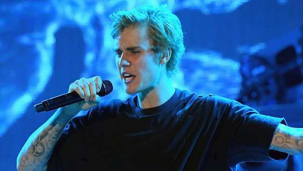 Justin Bieber planning special surprise for fans  , http://bostondesiconnection.com/justin-bieber-planning-special-surprise-fans/,  #JustinBieberplanningspecialsurpriseforfans