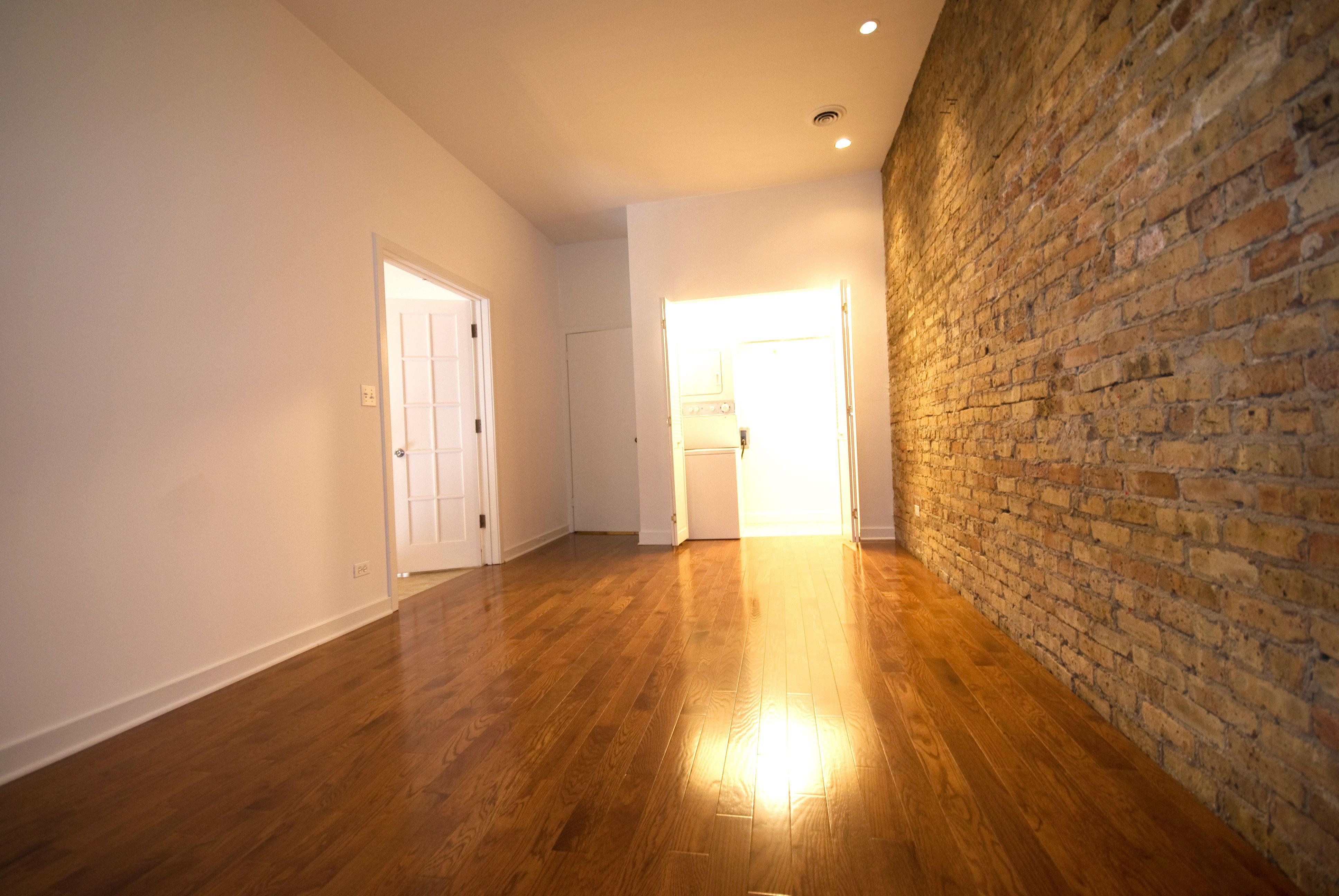 Exposed brick! Chicago apartment, Loft style, Rental