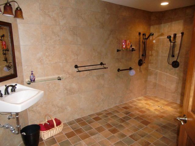 Delafield Condos Nagawicka Lake Condominium Wisconsin Condos Handicap Bathroom Bathroom Decor Bathroom