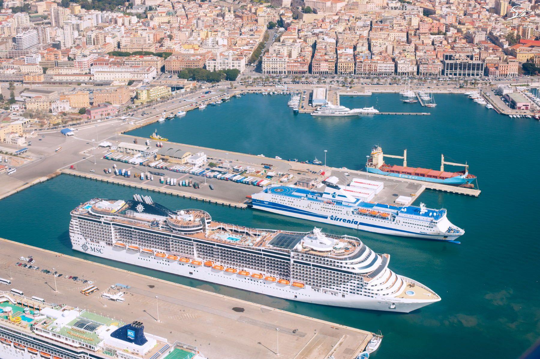 MSC Splendida on Cagliari harbour | Sardegna (Sardinia ...