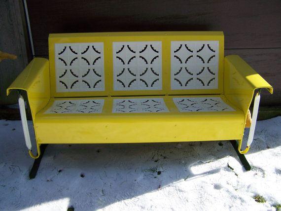 Outstanding Vintage Pie Crust Pattern Metal Porch Glider Circa 1940S Beatyapartments Chair Design Images Beatyapartmentscom
