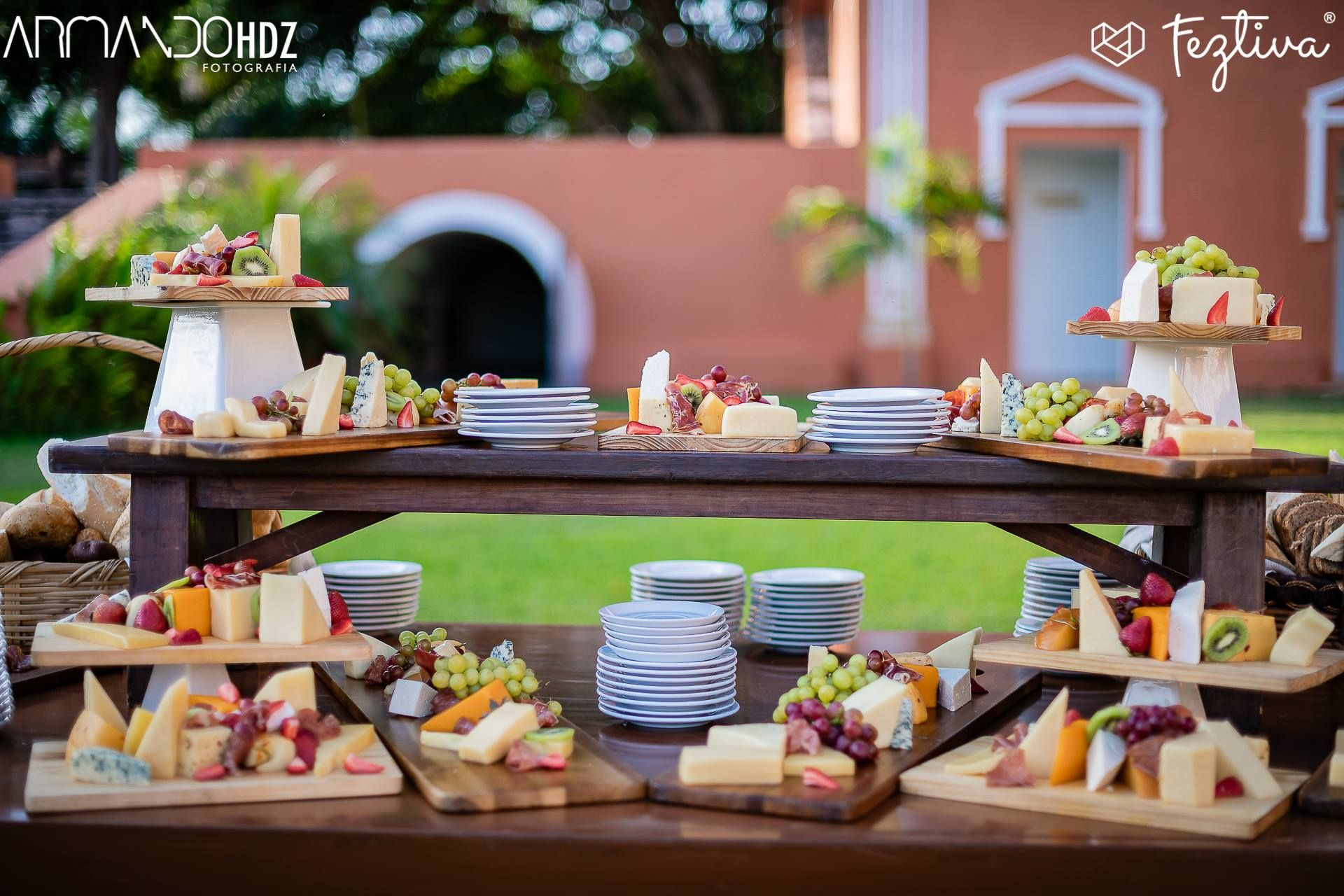 Mesas De Cocktail Mesa De Carnes Y Quesos Wedding Food Banquete Cheesetable