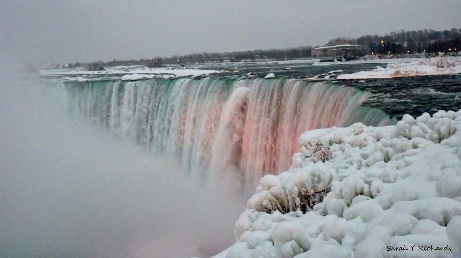 Niagarafalls In Summer And Winter Las Cataratas Del Niagara En Verano Y En Invierno Travel Viajar Ca Viajar A Canadá Cataratas Del Niagara Cataratas