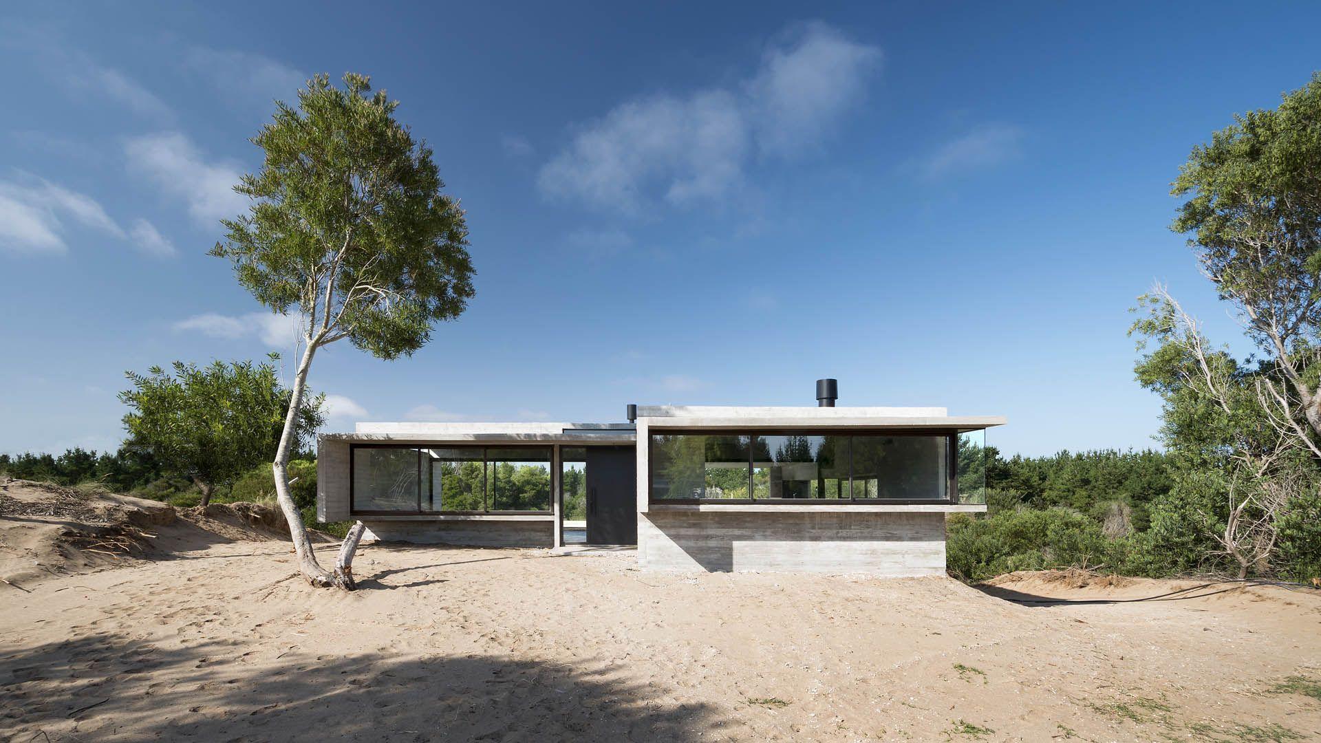 VP House | Luciano Kruk | Exterior | Pinterest