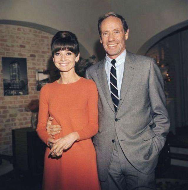 Audrey e Mel Ferrer em cocktail para divulgação de Wait Until Dark para imprensa, 1967
