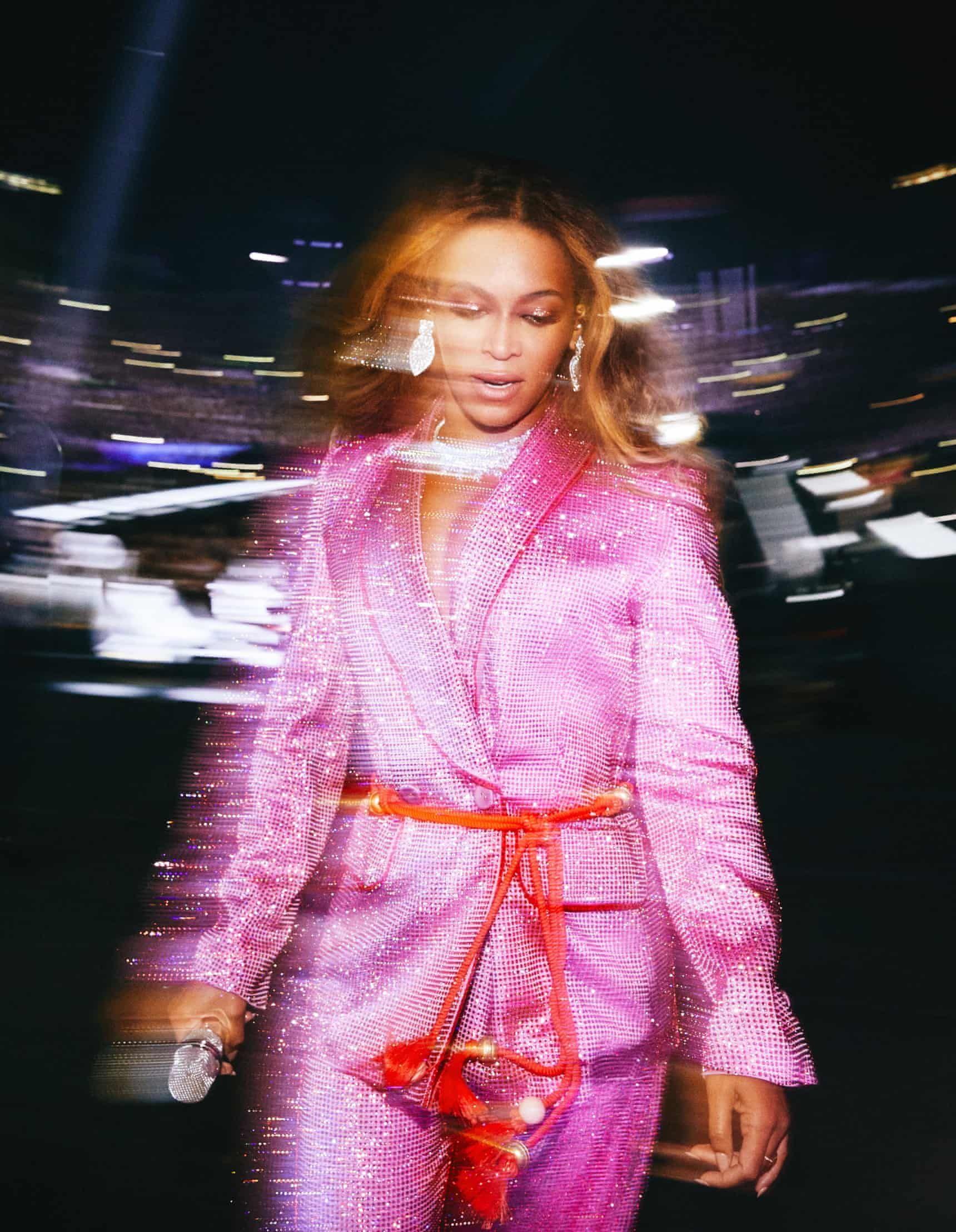 Andrew White's best photograph: Beyoncé exits the stage glimmering | Photography